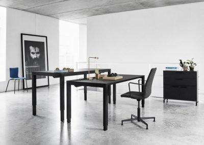 h4-desk-h4-bord-groovy-konferensstol-dansk-kontors-design-danish-form