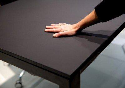 Quben. Dansk designat pall & bord. Inne som ute.