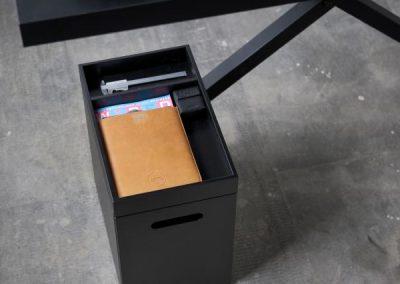Xtable, coolt dansk design skrivbord med förvaring
