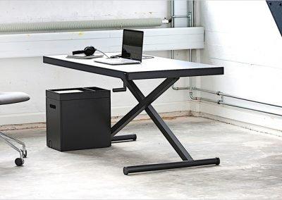 Xtable coolt dansk skrivbord, manuellt höj- och sänkbart