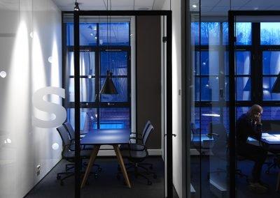 Cabale-konferensbord-vackert-dansk-kontors-design-hos-danishform