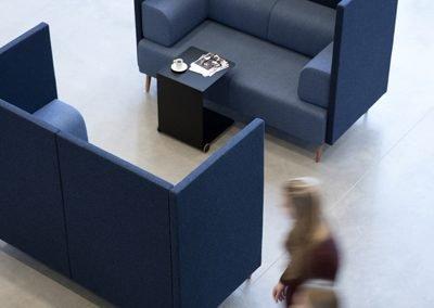 Free-air-high-dansk-design-soffa-offentligt-miljo-soft-seating