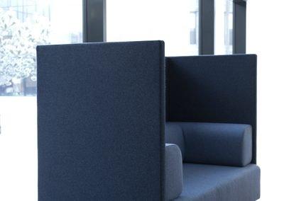 Free-air-high-soffa-offentligt-miljo hos-danish-form
