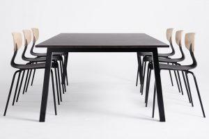 calfa-50-coolt-dansk-konferensbord-shark-stol