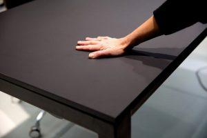 h4-skrivbordet-dansk-design-i-cool-nanosoft