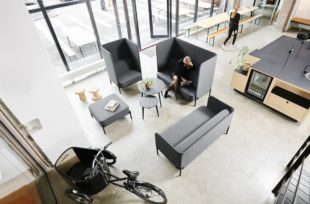 Tweet-dansk-design-soffa-offentligt-miljo