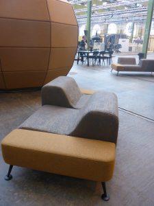 reef-soffa-offentligt-miljo-danish-form