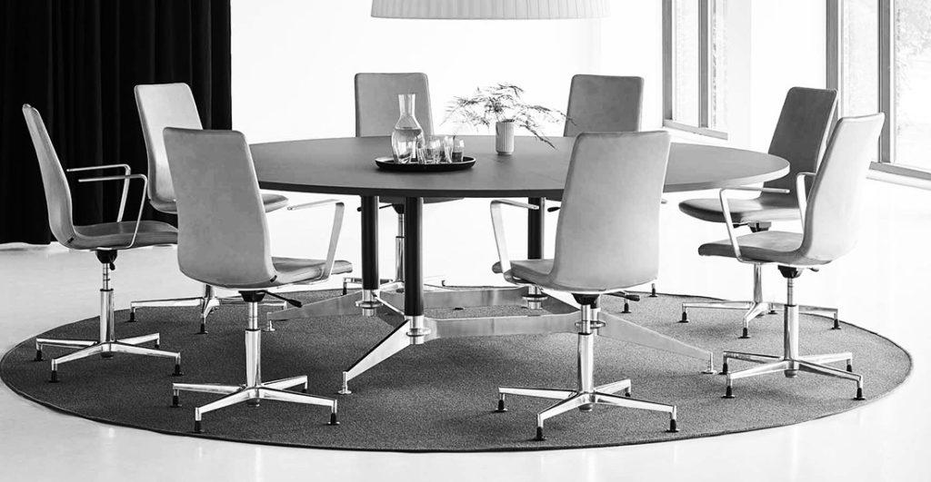 DO1100 exklusivt dansk konferensbord hos Danish Form
