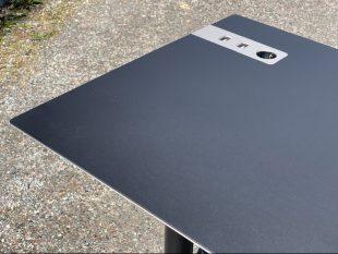 S60-stramt-snyggt-danskt-hoj-sankbart-skrivbord