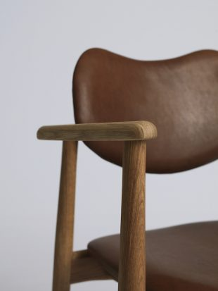 Stapelbar och vacker trastol dansk design