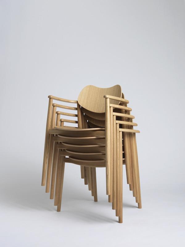 Stapelbar dansk designat trästol